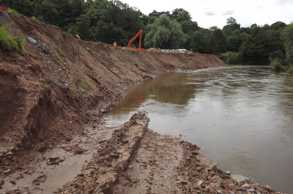 River Teme bank erosion prior to works