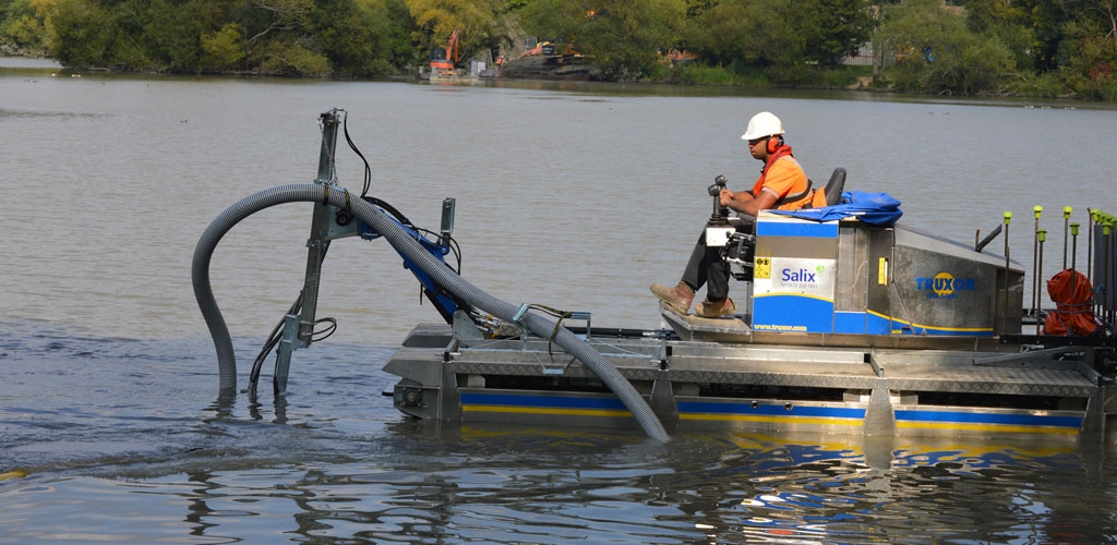 Truxor Hire - amphibious cutting, harvesting, silt removal