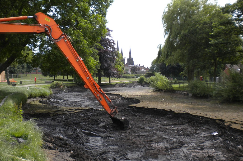 Dredging the drained lake Lichfield