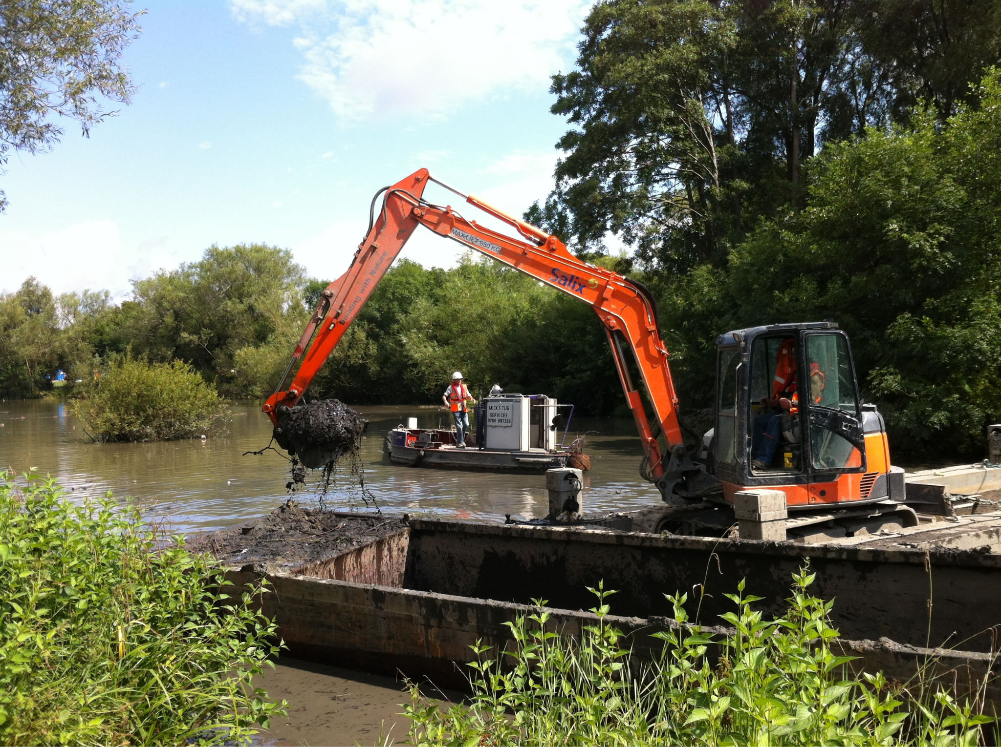 Ifield Pond desilting