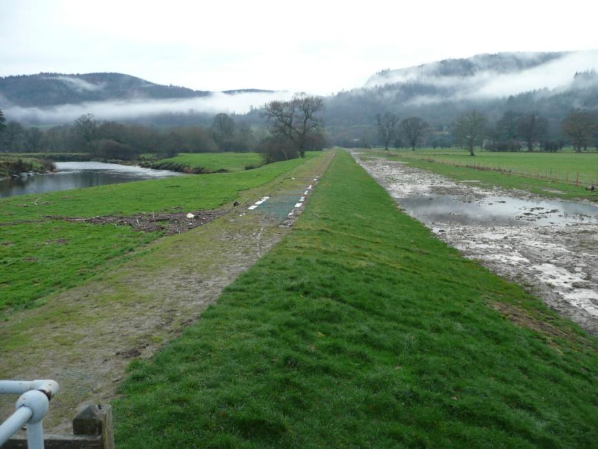 No damage to the grass after a major overtopping event at Conwy