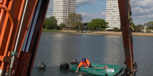 Woodberry Wetlands desilting work