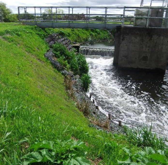 Preventing undercutting at Ablake Weir
