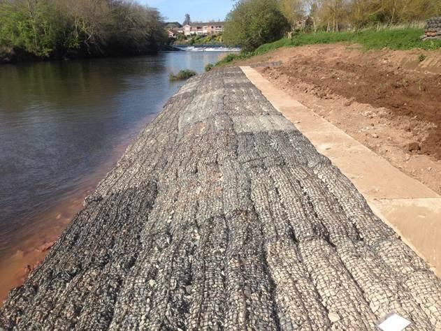 Rock Mattresses preventing erosion whilst providing a habitat
