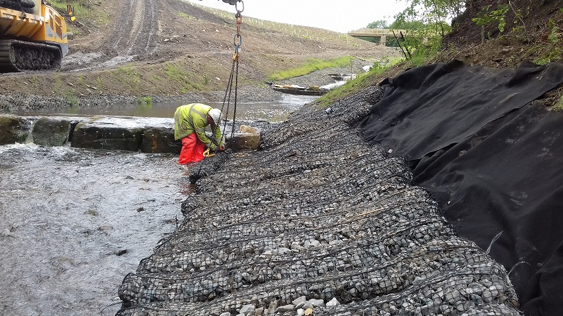 Pre-filled Rock Mattresses to prevent scour in river bed